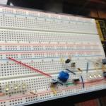 ブレッドボードで電子工作!12V LED照明の実験回路を作ってみた。